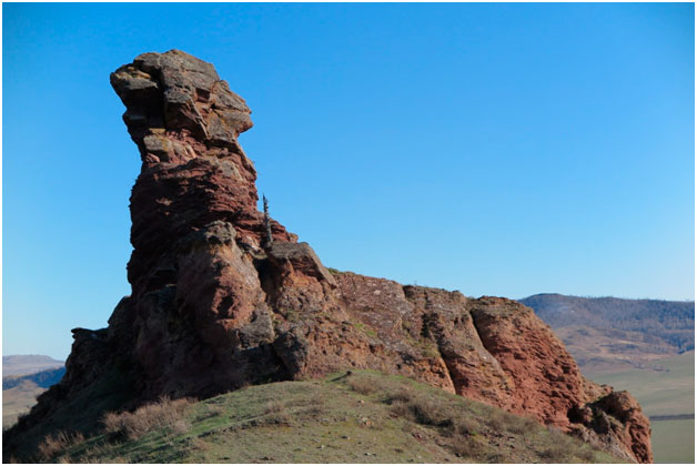 Шаманская скала «Дед»