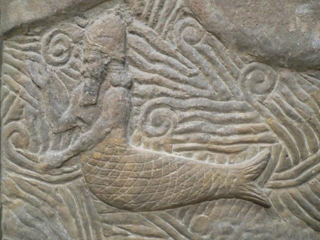 Бог-рыба (Дагон), часть барельефа